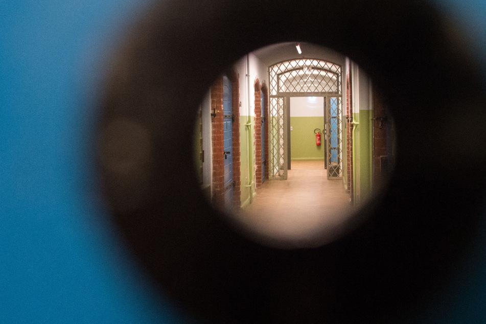 Zu Unrecht in DDR-Haft: Hunderte stellen Anträge auf Opferpension