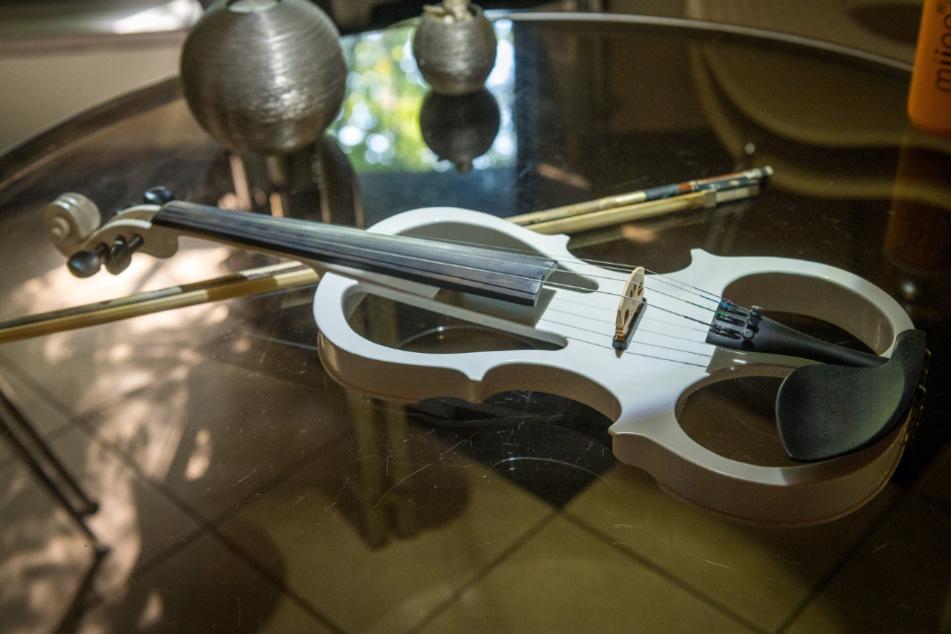 Katrins Geige - auf ihr spielt sie auch bei den Dresdner Jazztagen am 15. November im Ostra Dome.