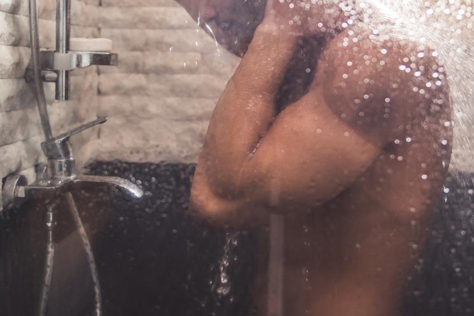 Nackte Spa-Gäste heimlich gefilmt: Videos landen auf Pornoseite