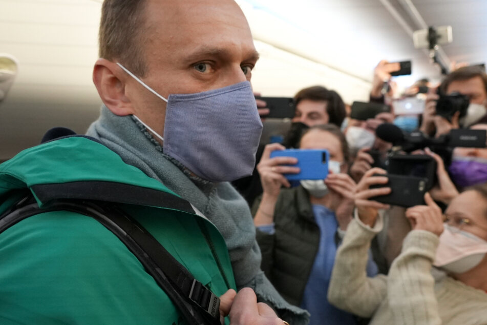 Kremlkritiker zurück in Russland: Nawalny festgenommen!