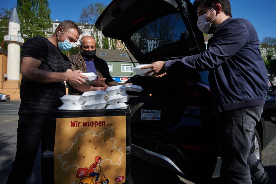 Ramadan in der Pandemie-Zeit: 15.000 Mahlzeiten für Bedürftige in Wuppertal