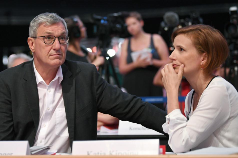 Bernd Riexinger und Katja Kipping bilden die Doppelspitze der Partei Die Linke. Bis zum Bundesparteitag führen sie weiterhin die Oppositionspartei.