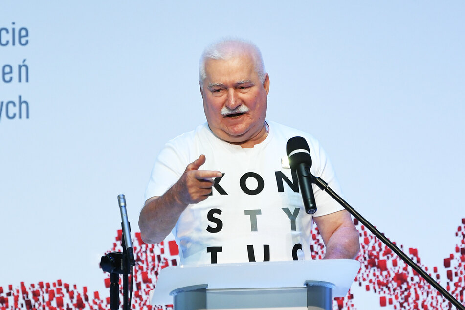 Lech Walesa (77), damaliger Vorsitzender der Gewerkschaft Solidarnosc, ehemaliger Präsident von Polen und Nobelpreisträger.