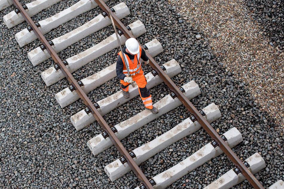 Auf der Strecke Naumburg-Apolda kommt es ab dem heutigen Montag zu Bauarbeiten.