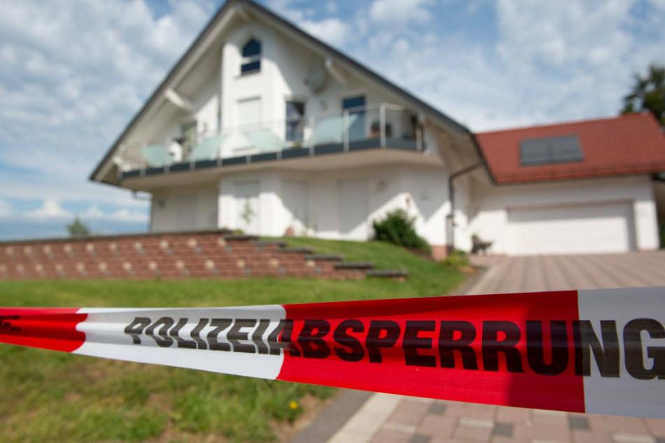 Der Kasseler Regierungspräsident Walter Lübcke war Anfang Juni 2019 nachts auf seiner Terrasse erschossen worden.