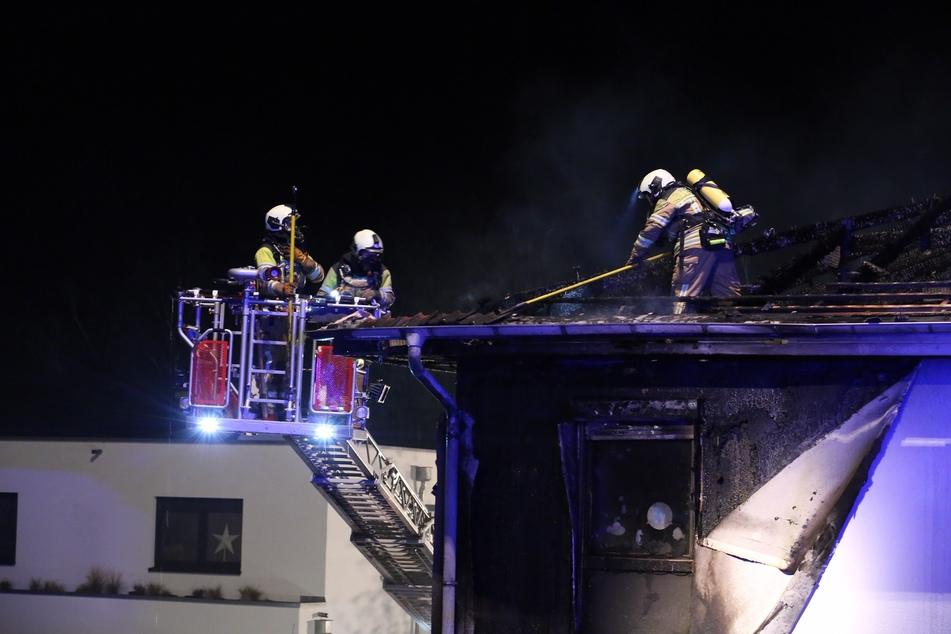 Die Feuerwehr konnte die Flammen schließlich löschen.