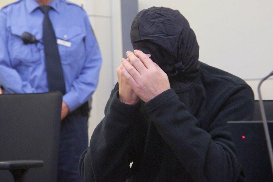 Lebenslange Haft verhängt: Bauschaum-Killer geht in Revision!