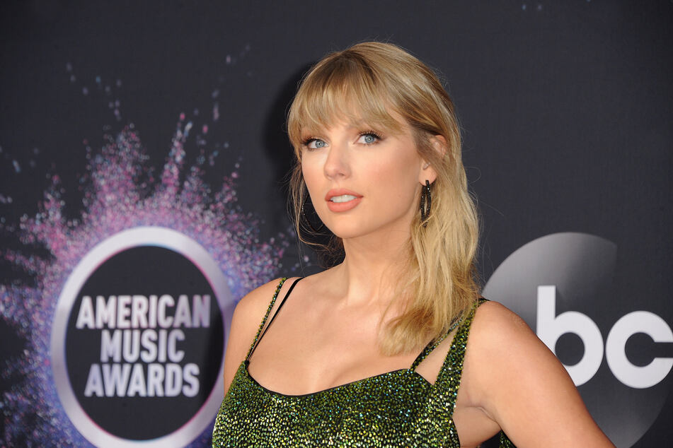 Taylor Swift is sick of people making jokes about her love life and she isn't afraid to show.