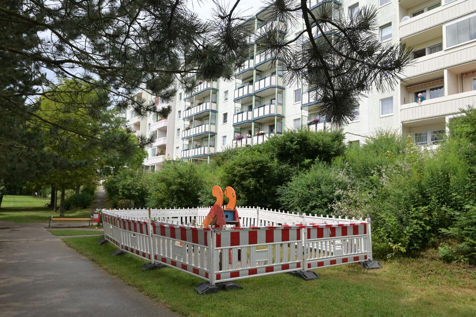 Tatort ist der Spielplatz an der Dr.-Otto-Just-Straße in Reichenbach/V.