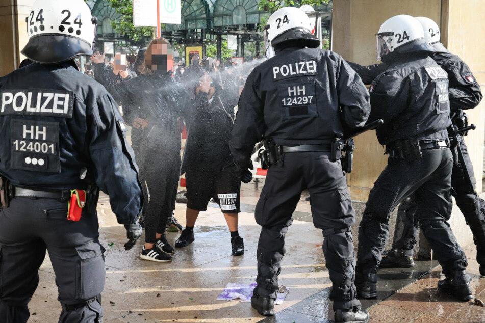 Rassismus-Problem bei der Polizei? Hamburg führt Studie durch