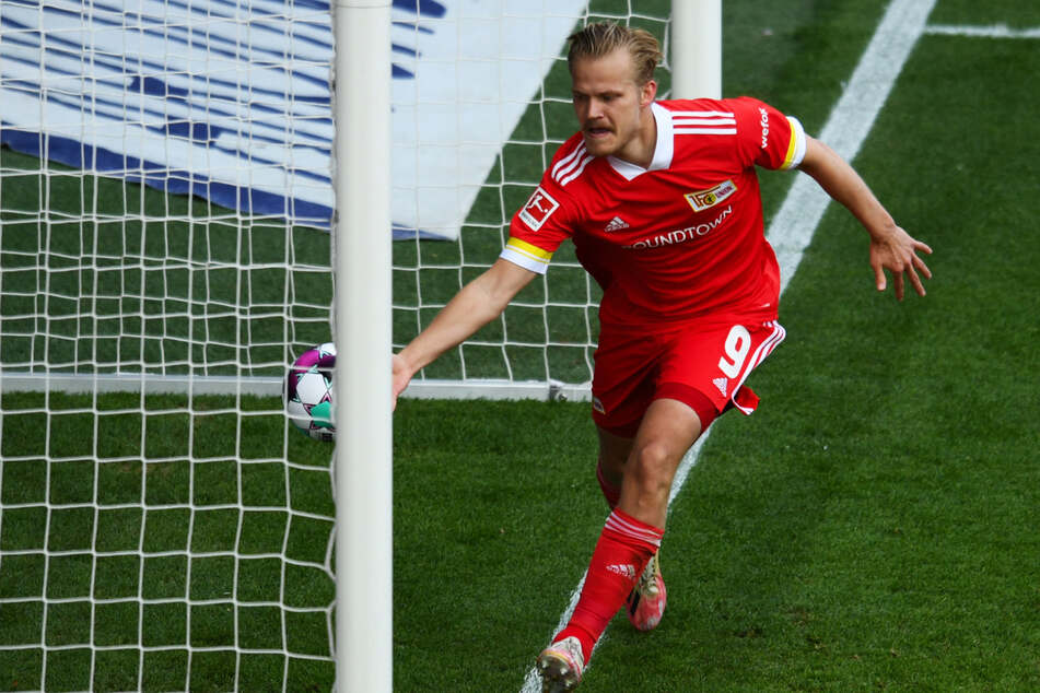 Unions Joel Pohjanpalo bejubelt sein Tor zum 2:0 gegen Werder Bremen. Der Stürmer hat sich mit Finnland erstmals für die EM qualifiziert.