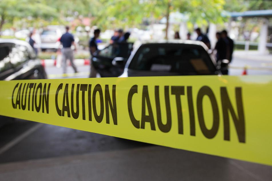 Der mutmaßliche Täter behauptete gegenüber den Polizeibeamten, er habe aus Notwehr heraus gehandelt. (Symbolbild)