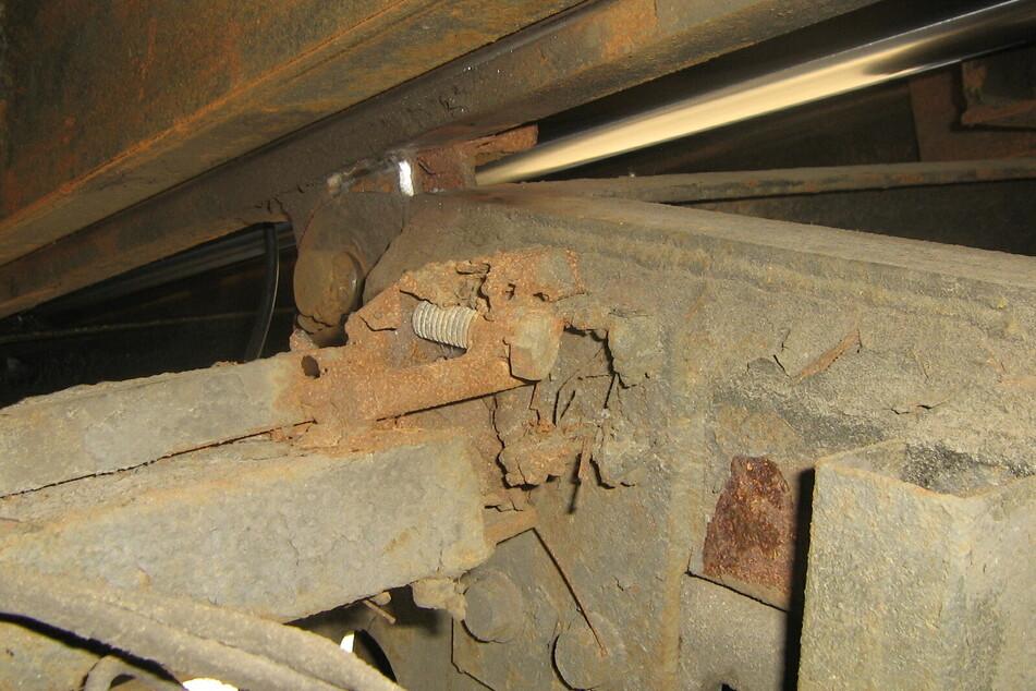 Die Mechanik des Abschleppwagens war komplett marode.