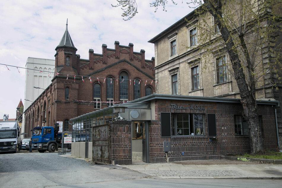 Die Attacken fanden vor dem Kraftwerk Mitte statt.