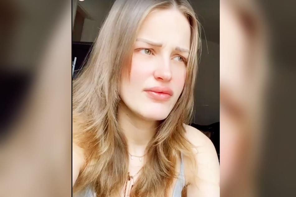 """Ex-GNTM-Kandidatin Neele Bronst (24) wurde auf Instagram vorgeworfen, ihr Kind diene """"nur als Deko"""". Das konnte die 24-Jährige nicht auf sich sitzenlassen."""