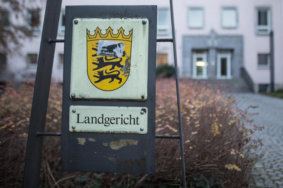 Der Angeklagte muss sich seit Montag vor dem Heilbronner Landgericht verantworten. (Archiv)