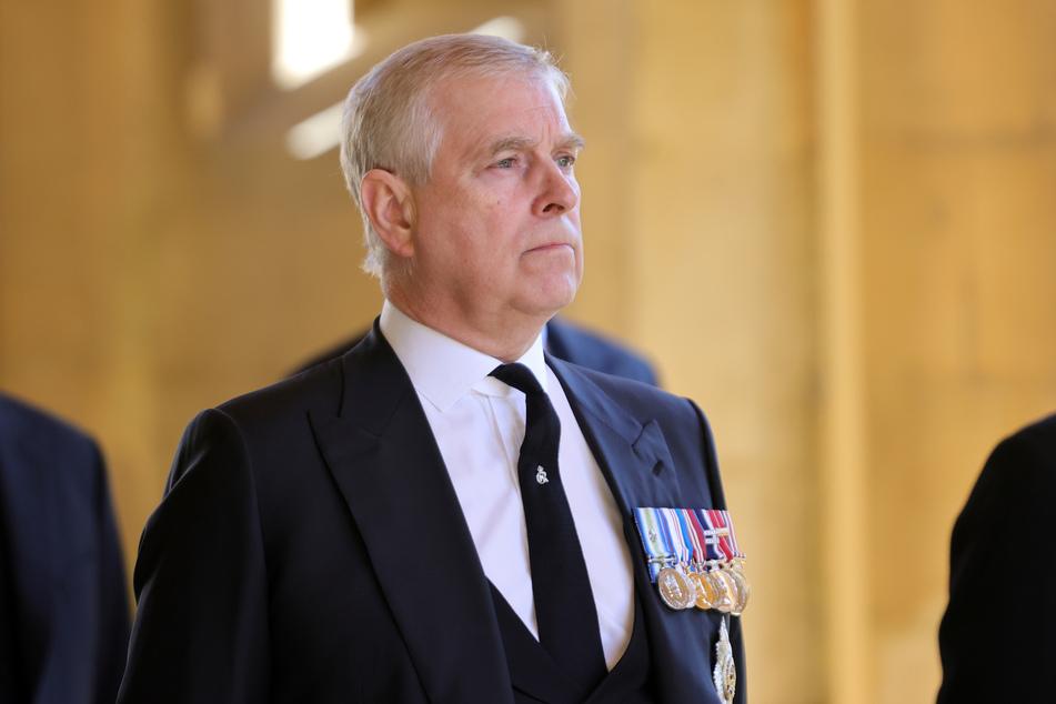 Prinz Andrew (61), Herzog von York, kurz vor der Beisetzung von Prinz Philip auf Schloss Windsor am 17. April. Es war sein erster öffentlicher Auftritt seit Längerem.