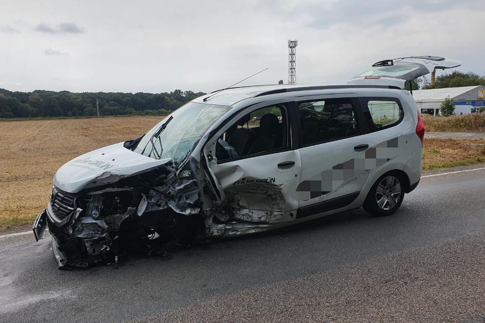 Vier Menschen sind bei einem Unfall in Machern verletzt worden.