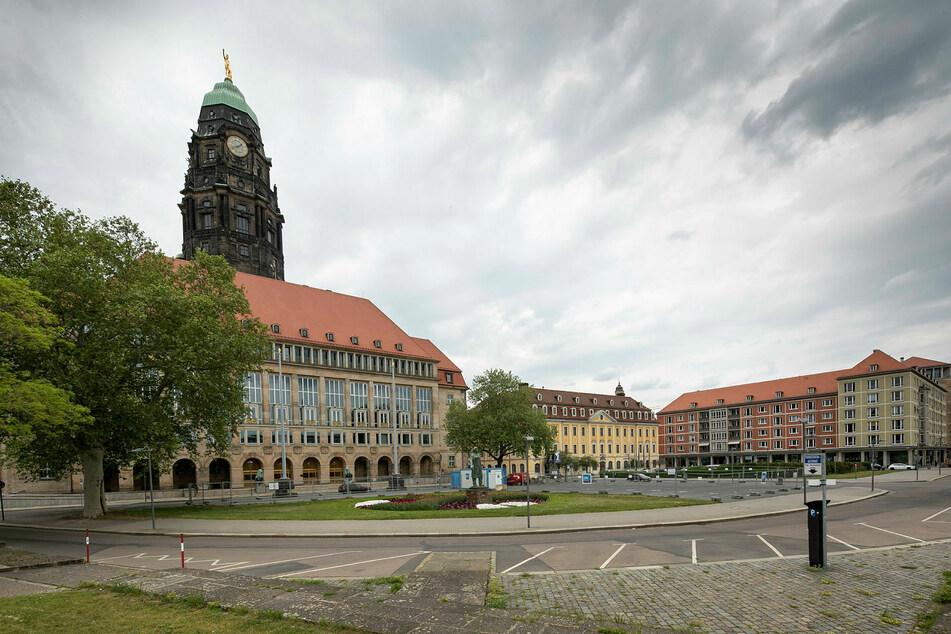 In Rathausnähe, gegenüber vom Gewandhaus-Hotel, soll der Neubau entstehen.
