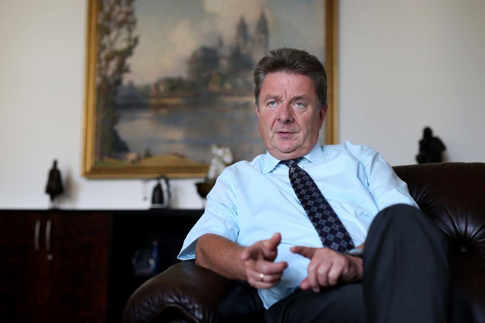 Lutz Trümper bei einem Interview im Jahr 2016. Der Oberbürgermeister Magdeburgs hat angekündigt, im kommenden Jahr sein Amt aufgeben zu wollen.
