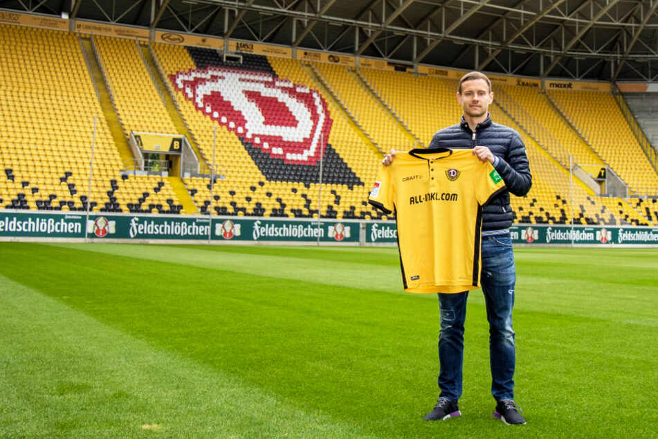 Tolle Aktion: Dynamo-Profi Chris Löwe hat sein Trikot versteigert und legt selbst noch 1.500 Euro drauf, um die Familie der kleinen Emilia zu unterstützen.