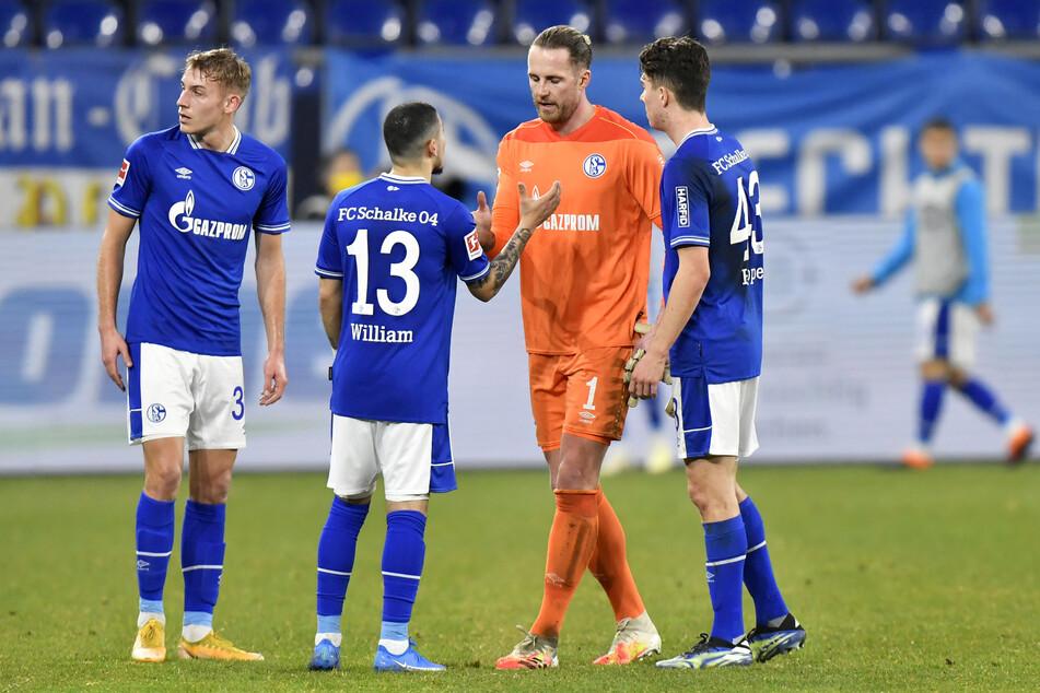 Schalke steht vor dem Abstieg. Mit neun Punkten liegt die Mannschaft abgeschlagen auf dem letzten Platz.