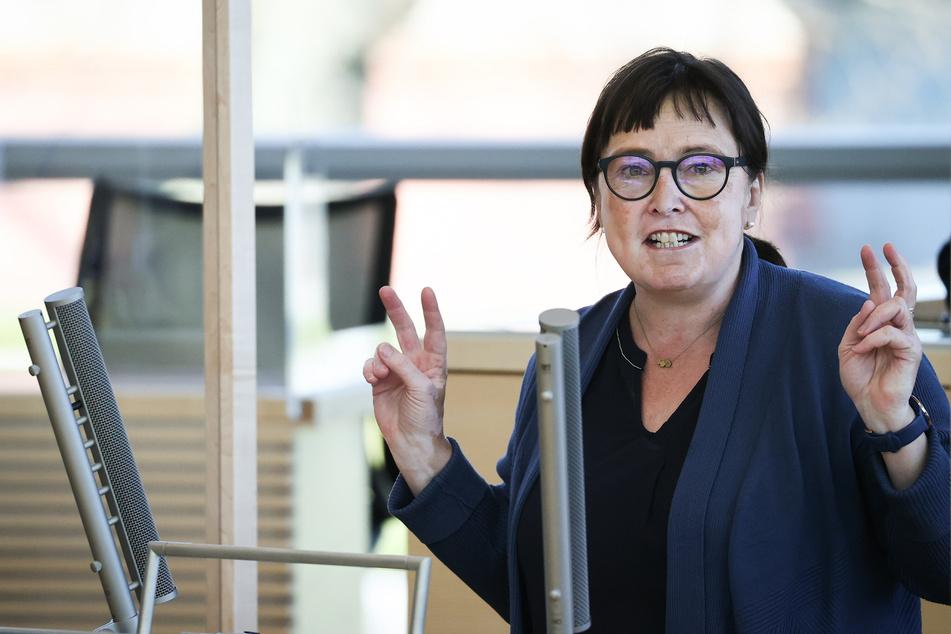 Eka von Kalben (Bündnis90/Die Grünen), Fraktionsvorsitzende, spricht im Landtag von Schleswig-Holstein.