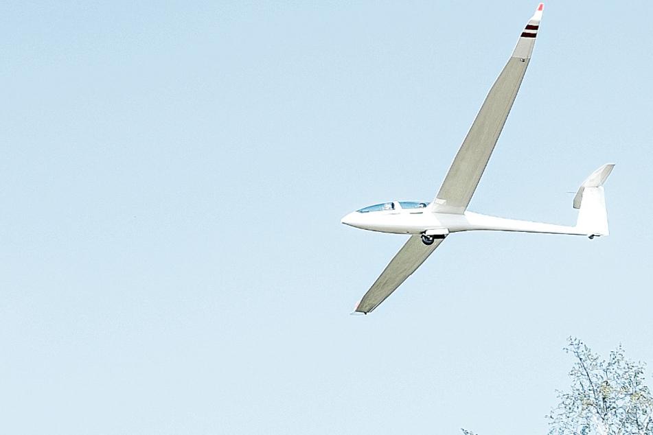 Todes-Drama: Mensch stirbt bei Segelflugzeug-Absturz