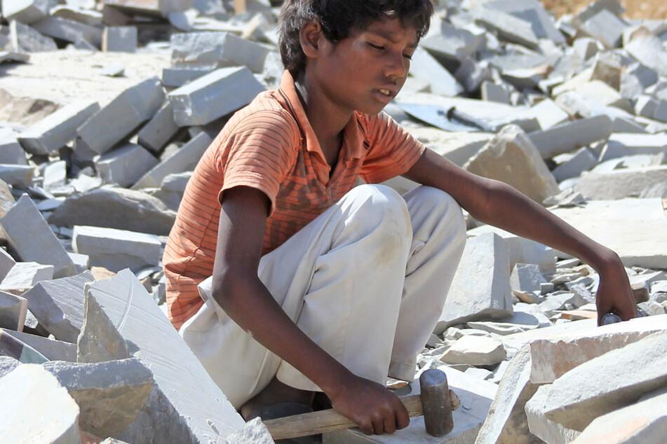 Kinderarbeit verbieten: Bischof fordert Gesetz der Bundesregierung