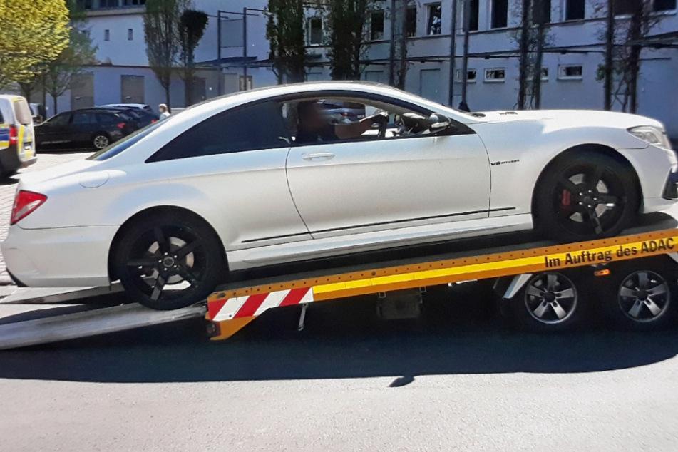 Zu krass getunt: Polizei zieht Mercedes CL 500 mit 19-jährigem Fahrer aus dem Verkehr