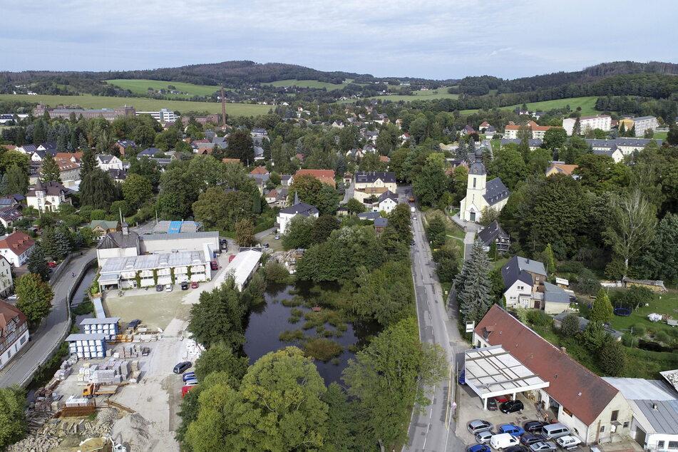 Der Dorfteich um die Jahrhundertwende: idyllischer Mittelpunkt der Gemeinde.