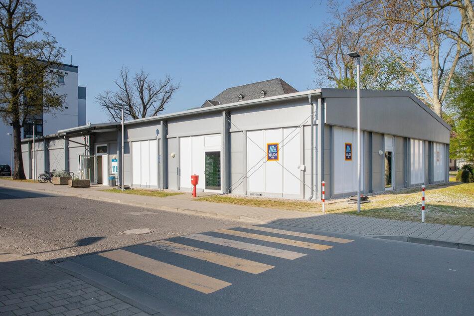 Die Mini-Aldi-Filiale für die Mitarbeiter der Uni-Klinik Frankfurt ist seit Gründonnerstag geöffnet.