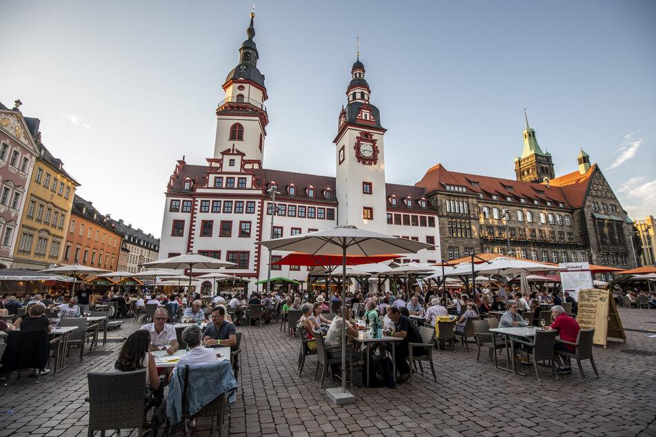 Das Festivalgelände des Weindorfs befindet sich erneut auf dem Markt und dem Jakobikirchplatz.