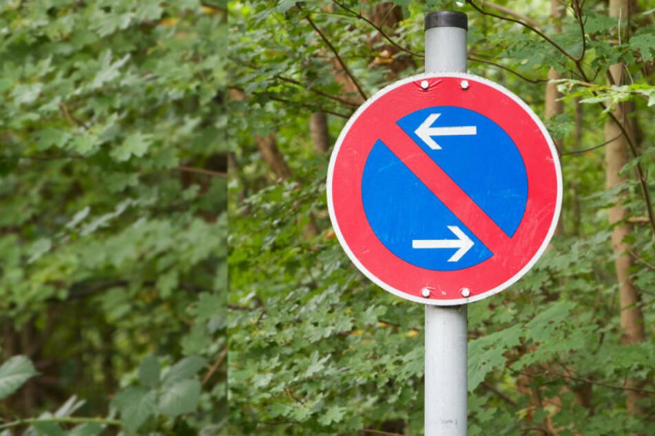 """Am """"Nordplatz Wittgensdorf"""" stellen Autofahrer immer wieder ihre Autos regelwidrig ab. (Symbolbild)"""