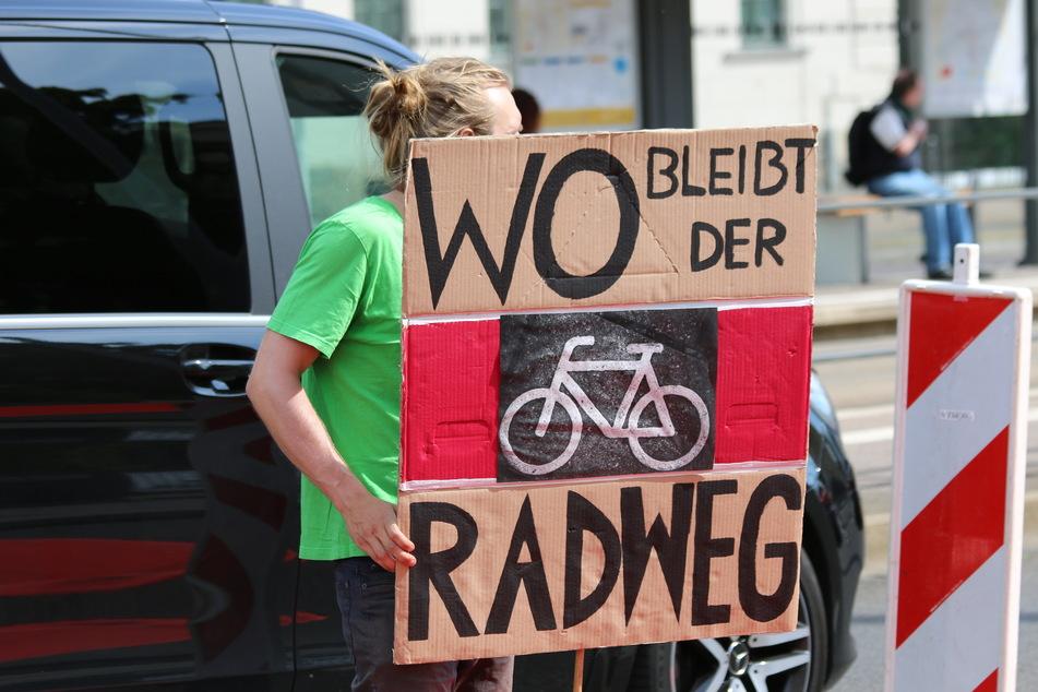 Immer wieder fordern die Leipziger Vereine neue Fahrradwege an gefährlichen Verkehrspunkten - bisher vergeblich.