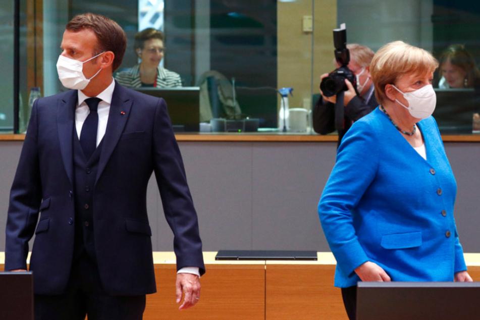 Bundeskanzlerin Angela Merkel (CDU) und der französische Präsident Emmanuel Macron in Brüssel.