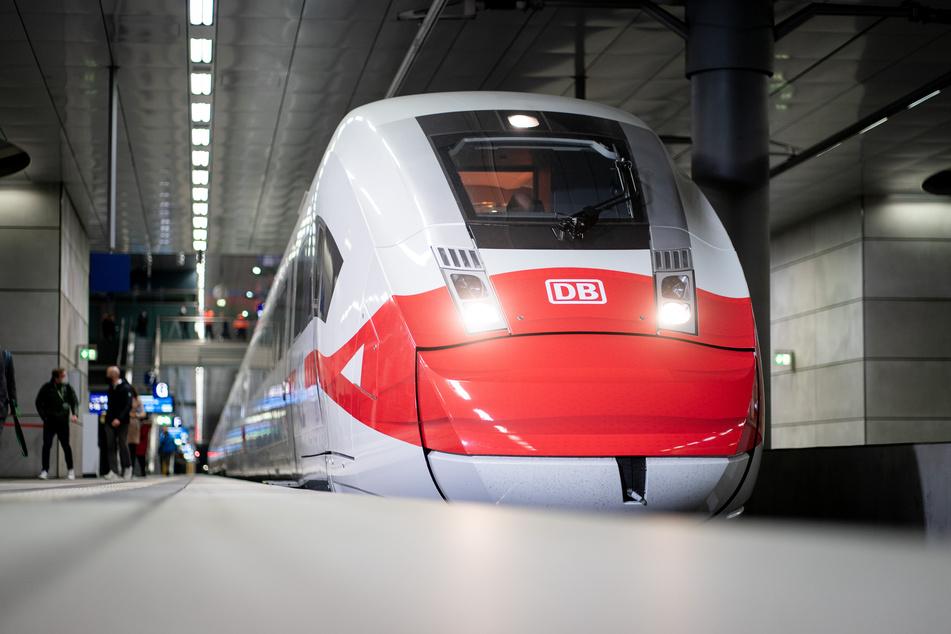 Während des Lockdowns reduziert die Bahn ihr Fahrplan-Angebot.