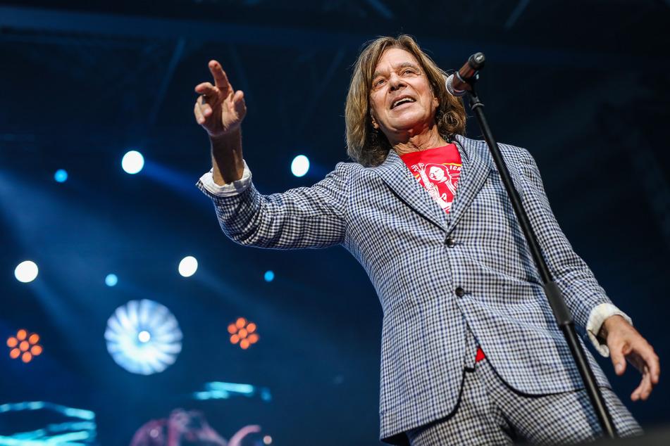 Jürgen Drews steht seit Jahrzehnten als Schlagersänger auf der Bühne.