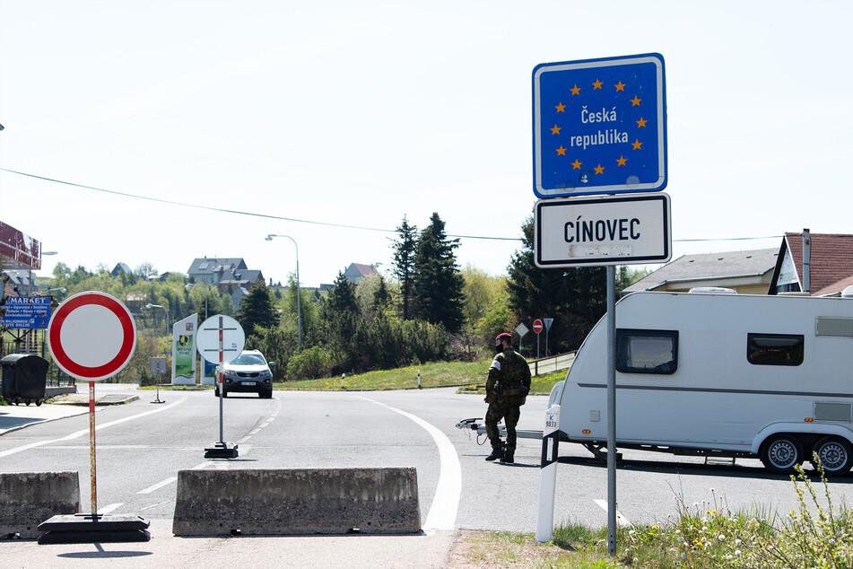 Coronavirus: Bahn fahren wird noch mal günstiger, Tschechien öffnet Grenze früher
