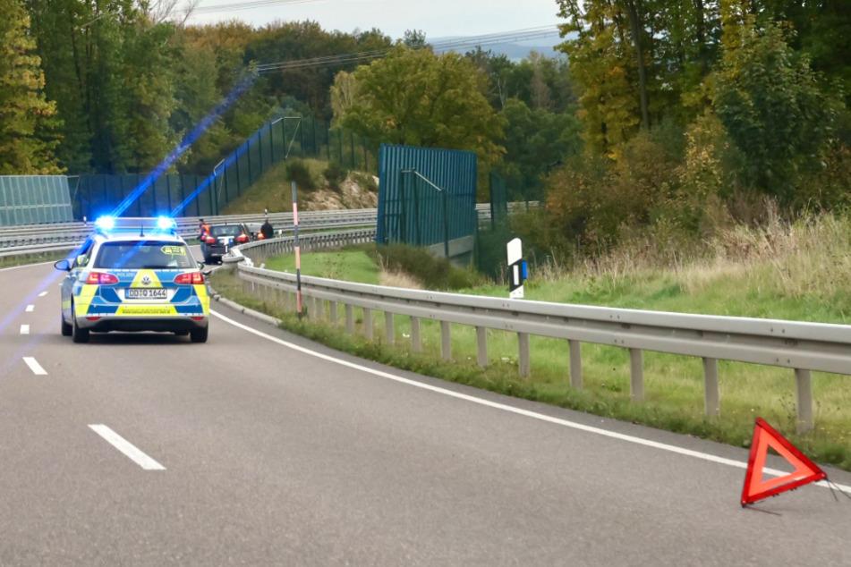 Ein Polizeiauto am Unfallort.