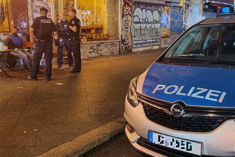 Ein 20-jähriger mutmaßlicher Brandstifter wurde am Freitag kurz vor Mitternacht in Neukölln festgenommen.
