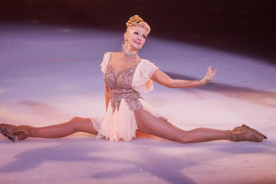 """Desiree Nick (63), Entertainerin, ist in der ersten Livesendung der SAT.1-Show """"Dancing on Ice"""" auf dem Eis."""