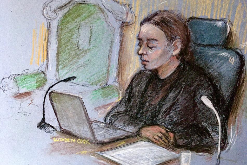 Eine Gerichtszeichnung zeigt Richterin Vanessa Baraitser während der Urteilsverkündung gegen eine Auslieferung des Wikileaks-Gründer Julian Assange an die USA im Verhandlungssaal des Strafgerichtshofs Old Bailey.