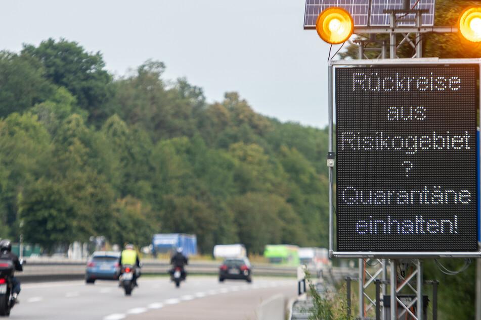 Wer aus dem Ausland nach Bayern reist, den erwarten neuerdings verschärfte Quarantäneregeln.