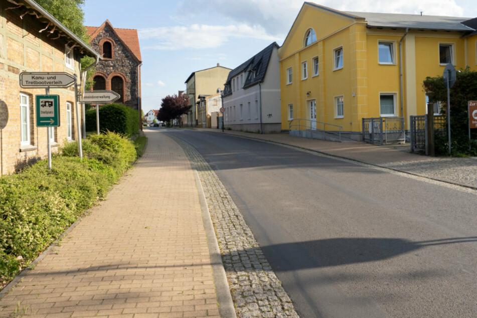 Blick auf die Hauptstraße in Finowfurt, einem Ortsteil der Gemeinde Schorfheide.