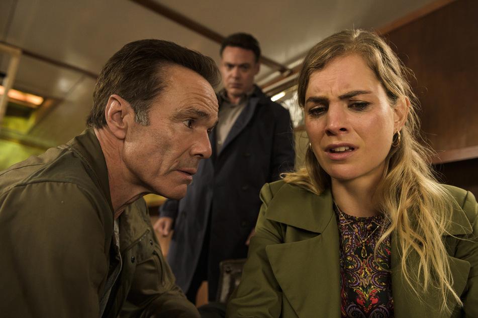 Welche Rolle spielt in diesem rätselhaften Thriller Hannah Hoekstra - auch sie wird bedroht!