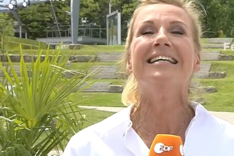 """In der neuesten Ausgabe des ZDF-Fernsehgartens wurde es für Moderatorin Andrea Kiewel (56) und ihre Zuschauer """"Tierisch süß!""""."""