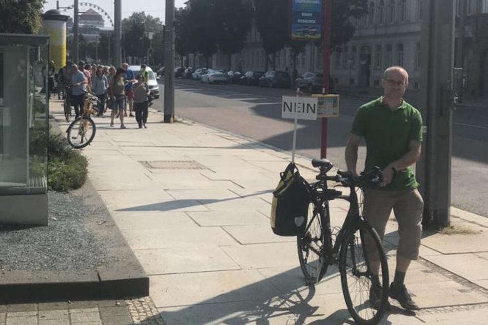Ein Radfahrer führte die Gruppe an.