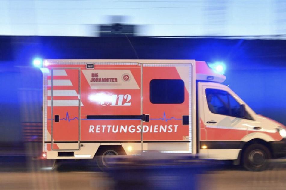 Leipziger Jahnallee: Vater mit Kind (6) auf dem Arm von Auto erfasst