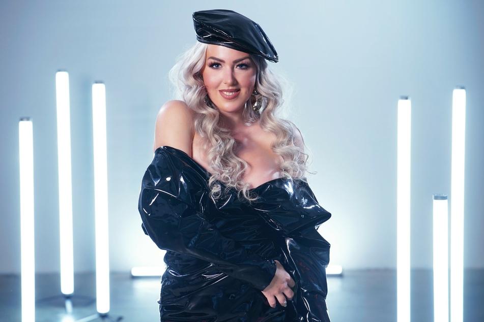 Lydia Kelovitz (30) sucht ebenfalls den Erfolg beim RTL-Dschungelcamp-Ersatz.